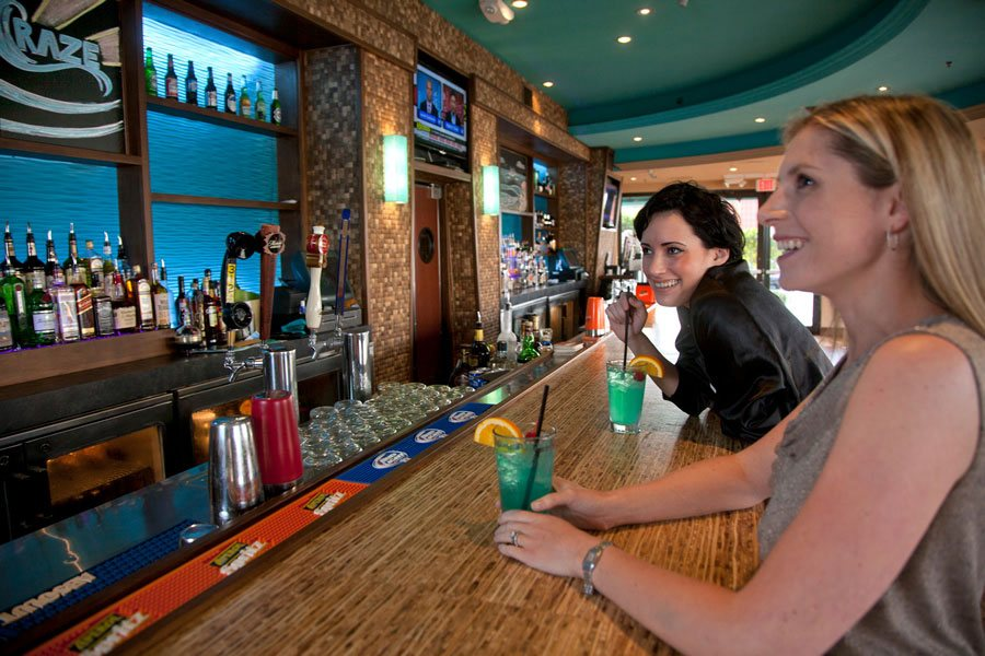 Burger Craze Restaurant - Deerfield Beach, Florida, has specials events for happy hour and other occasions!